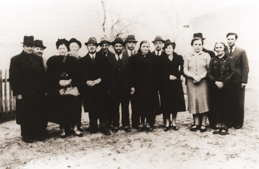 Jews from Nuremberg prior to thier deportation to Zbaszyn